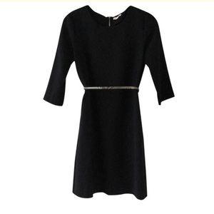 GAP  3/4 Sleeve Crepe Dress. Black. Size 0